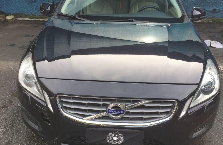 Volvo S60 2.0 T5 Powershift Dynamic - Foto #1