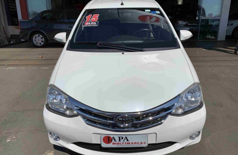 Toyota Etios Sedan Platinum 1.5 (Flex) - Foto #1