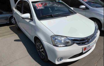 Toyota Etios Sedan Platinum 1.5 (Flex) - Foto #2