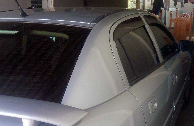 Chevrolet Astra Hatch Elegance 2.0 (Flex) - Foto #10