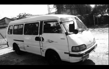 Kia Besta Super Van Est 2.7