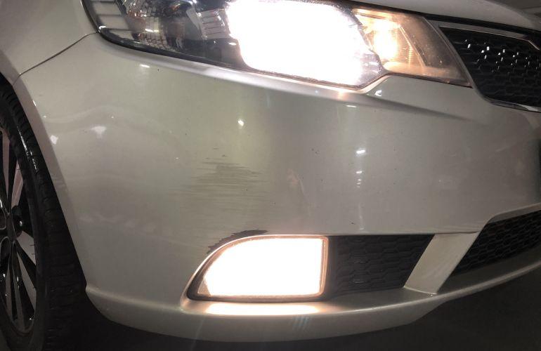 Kia Cerato SX 1.6 16V E.284(aut) - Foto #2