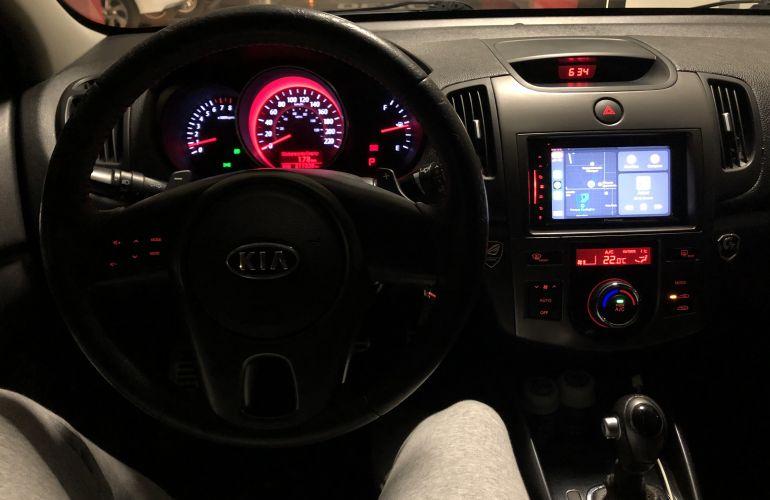 Kia Cerato SX 1.6 16V E.284(aut) - Foto #5