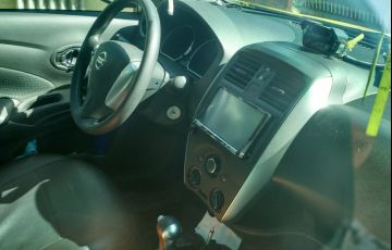 Nissan Versa 1.6 16V SV CVT (Flex) - Foto #2