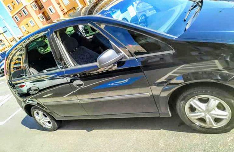 Chevrolet Meriva 1.8 16V - Foto #3