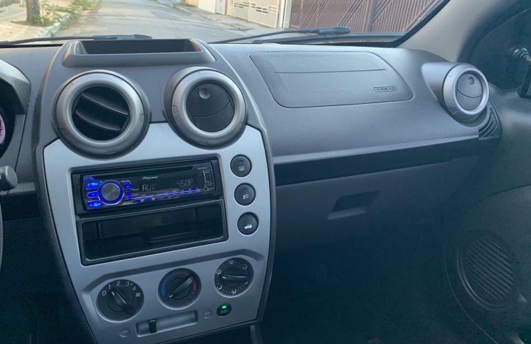 Ford Fiesta Hatch SE Rocam 1.6 (Flex) - Foto #6