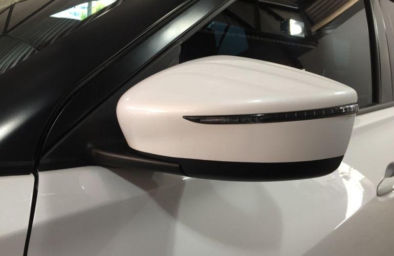 Nissan Kicks 1.6 SV CVT (Flex) - Foto #5