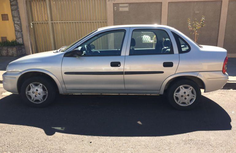 Chevrolet Corsa Sedan Classic 1.0 MPFi - Foto #8