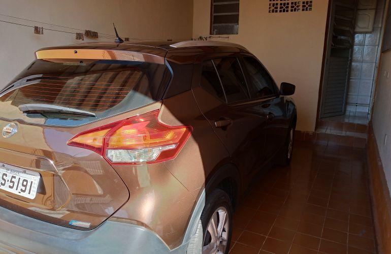 Nissan Kicks 1.6 S CVT (Flex) - Foto #2