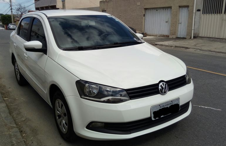 Volkswagen Voyage 1.6 VHT Comfortline - Foto #2