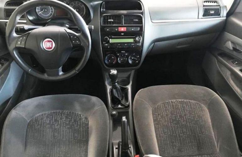 Fiat Linea HLX 1.9 MPI 16V Flex - Foto #9