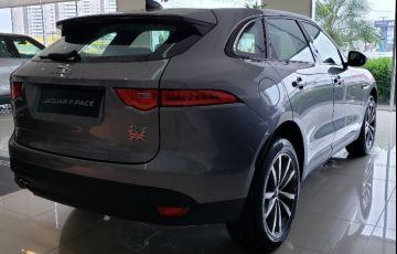 Jaguar F-PACE 2.0 16V Turbo Prestige AWD - Foto #5