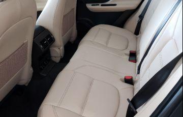 Jaguar F-PACE 2.0 16V Turbo Prestige AWD - Foto #9