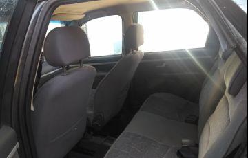 Fiat Palio HLX 1.8 8V (versão III) - Foto #3