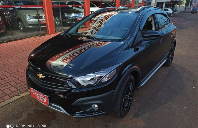 Chevrolet Onix 1.4 Activ SPE/4 - Foto #2
