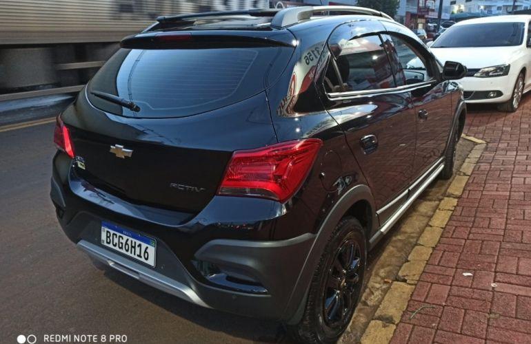 Chevrolet Onix 1.4 Activ SPE/4 - Foto #3
