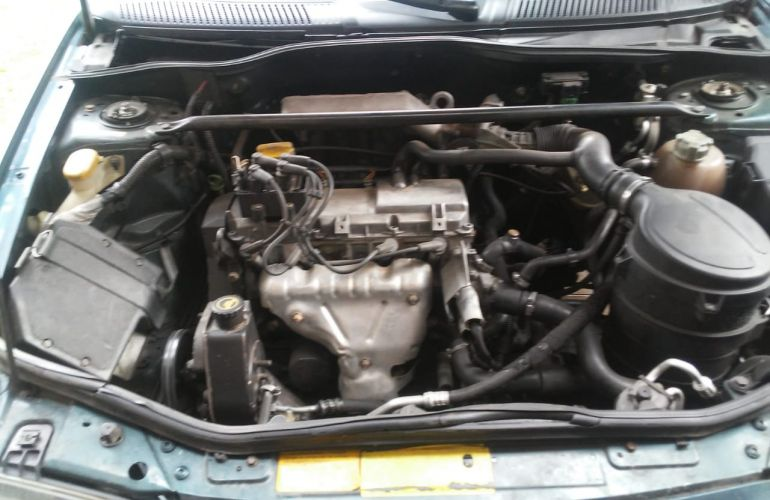 Renault Mégane Hatch. RT 1.6 8V - Foto #2
