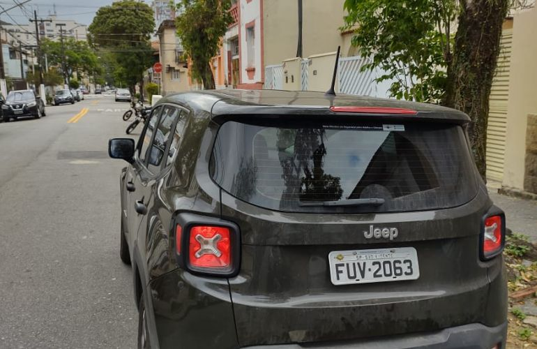 Jeep Renegade 1.8 (Aut) (Flex) - Foto #4