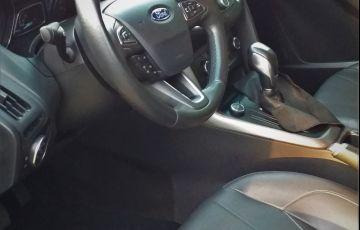 Ford Focus Hatch SE Plus 2.0 PowerShift - Foto #5