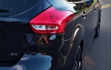 Ford Focus Hatch SE Plus 2.0 PowerShift - Foto #10