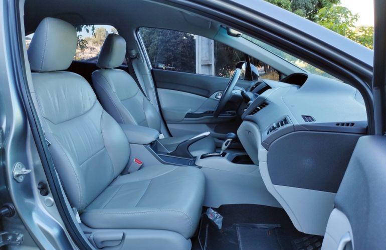 Honda Civic LXS 1.8 i-VTEC (Aut) (Flex) - Foto #5