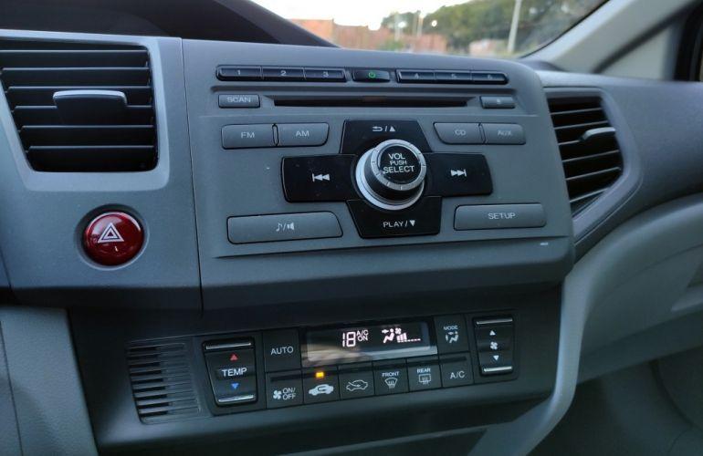 Honda Civic LXS 1.8 i-VTEC (Aut) (Flex) - Foto #9