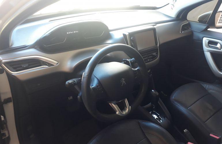 Peugeot 208 Griffe 1.6 16V (Flex) (Aut) - Foto #4