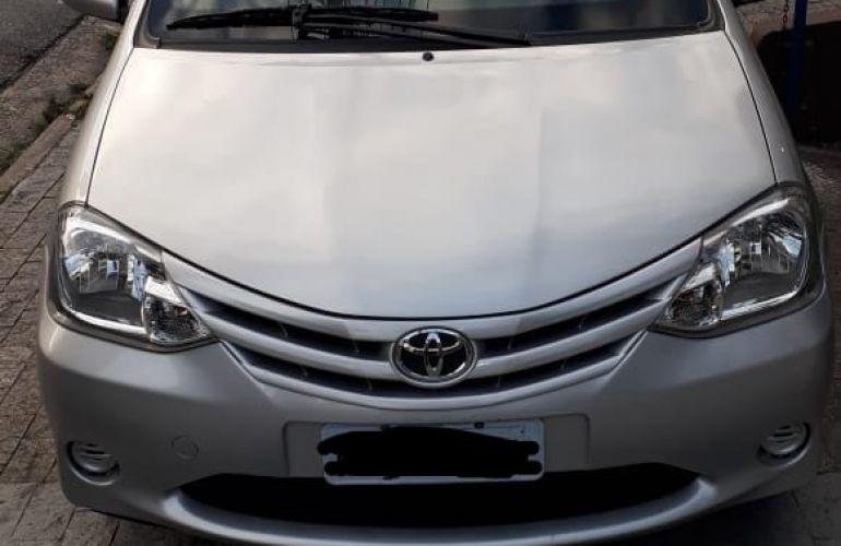 Toyota Etios XS 1.3 (Flex) - Foto #5