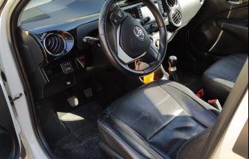 Toyota Etios XLS platinum 1.5 (Flex) - Foto #10