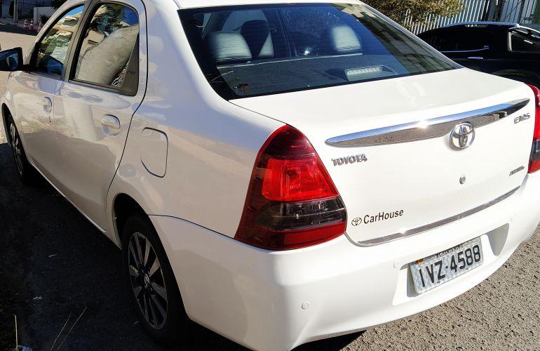 Toyota Etios XLS platinum 1.5 (Flex) - Foto #5