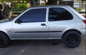 Ford Fiesta Hatch 1.0 MPi - Foto #4