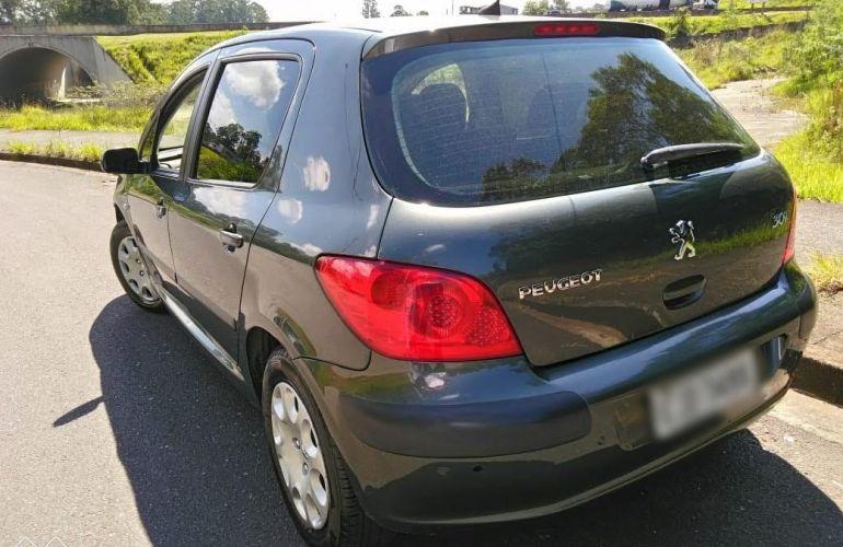 Peugeot 307 Hatch. Presence 1.6 16V (flex) - Foto #3