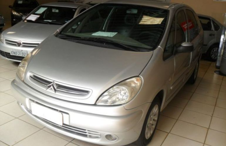 Citroën Xsara Picasso GLX 2.0i 16V - Foto #2