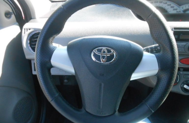 Toyota Etios XLS 1.5 (Flex) - Foto #10