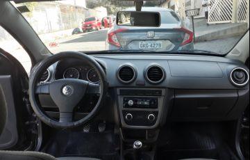 Volkswagen Voyage 1.0 Total Flex - Foto #5
