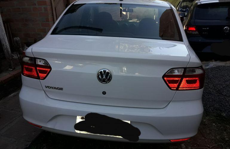Volkswagen Voyage 1.0 TEC Seleção (Flex) - Foto #4