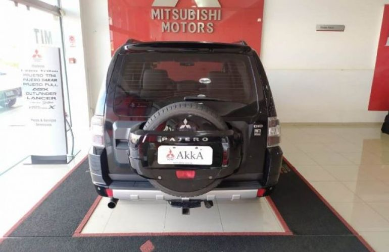 Mitsubishi Pajero Full HPE DI-D 5D 3.2 16V 4WD - Foto #5