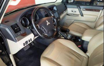 Mitsubishi Pajero Full HPE DI-D 5D 3.2 16V 4WD - Foto #9