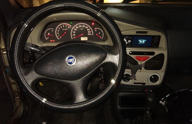 Fiat Palio ELX 1.0 16V Fire 4p - Foto #4