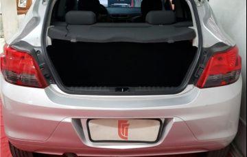 Chevrolet Onix 1.4 MPFi LT 8V Flex 4p Manual - Foto #5