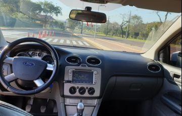 Ford Focus Hatch GLX 1.6 16V (Flex) - Foto #3