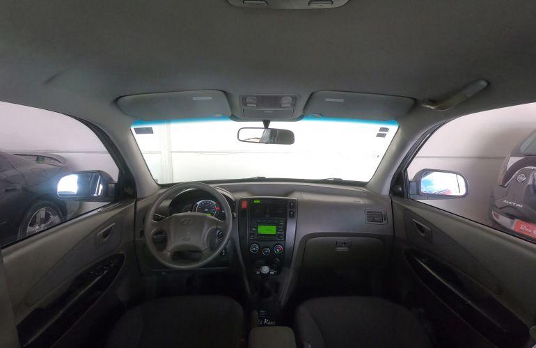 Hyundai Tucson GL 2.0 16V - Foto #2