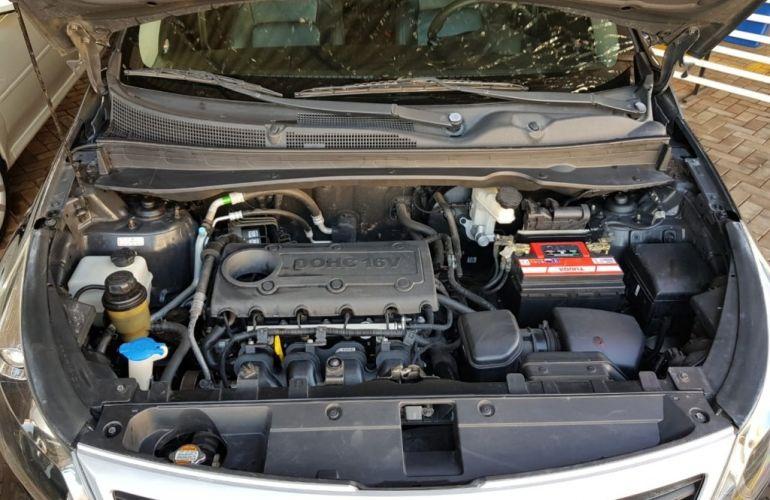 Kia Sportage 2.0 16V (aut) - Foto #9