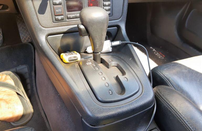 Audi A4 1.8 20V Turbo (tiptronic) - Foto #3