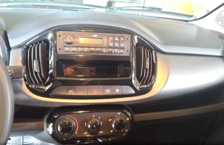Fiat Uno Evolution 1.4 8V (Flex) 4p - Foto #9
