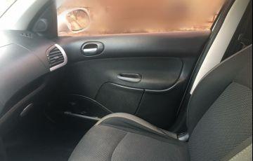 Peugeot 207 Hatch XS 1.6 16V (flex) - Foto #10