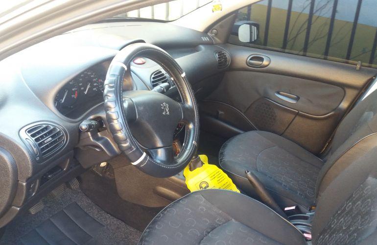 Peugeot 206 Hatch. Presence 1.6 16V (flex) - Foto #5