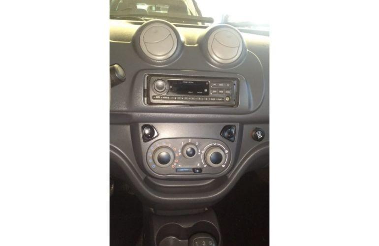 Fiat Uno Vivace 1.0 8V (Flex) 4p - Foto #7