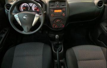 Nissan Versa S 1.6 16V - Foto #6