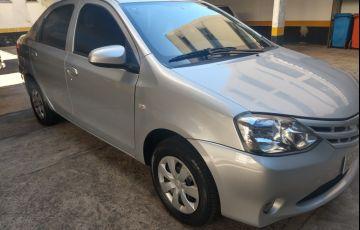 Toyota Etios Sedan X 1.5 (Flex) - Foto #6